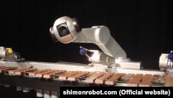 Робот-музикант Шимон