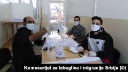 Migranti šiju maske u Prihvatnom centru u Bujanovcu, mart 2020.