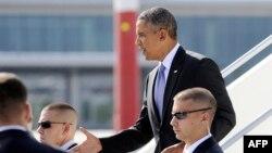 Obama zbret nga aeroplani Air Force One në Shën Petersburg