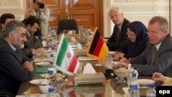 Иран пытается нащупать слабые места в позиции западных стран. Делегация германского бундестага в Тегеране