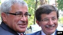 Министерите за надворешни работи на БиХ и Турција, Свен Алкај и Ахмет Давутоглу при средбата во Сараево