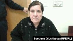 Вадим Курамшиннің анасы Ольга Колтунова. Астана, 25 қараша 2013 жыл.