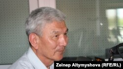 Өмүрбек Абдрахманов.