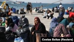 Pamje të migrantëve në Greqi.