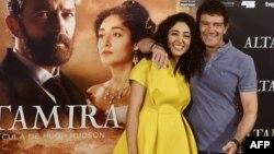 گلشیفته فراهانی در کنار آنتونیو باندراس در افتتاحیه فیلم «آلتامیرا»