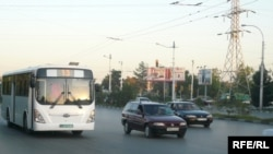 Aşgabatda «Hyundai» awtoulag kärhanasynyň awtobuslary hem jemgyýetçilik transporty hökmünde ulanylýar.