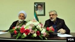 Mehdi Karoubi və Mirhossein Mousavi