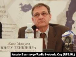 Голова представництва ЄС в Україні Жозе Мануель Пiнту Тейшейра