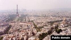 «Многие джазмены начинают концерты в конце июня в Париже и до конца сентября гастролируют по всей Франции»