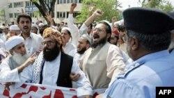 Demək olmaz, demokratiya yaxşıdır, islam pisdir, bu, ekstremizmə qaynaq verir