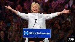 Хиллари Клинтон на предвыборном мероприятии в Нью-Йорке