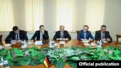 Встреча в Минобороны Армении, Ереван, 12 июня 2014 г.