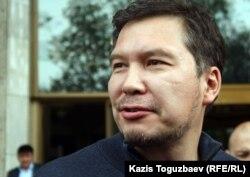 Серикжан Мамбеталин, оппозиционный политик. Алматы, 28 апреля 2012 года.