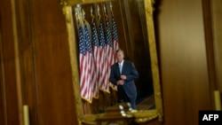 Лидер республиканцев в палате представителей Джон Боехнер перед церемонией принятия присяги новых парламентариев. Вашингтон, 6 января 2015 года.
