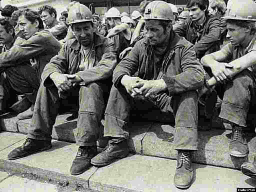 Забастовка шахтеров в Донецке, 1993 год. Фото Алексея Сазонова