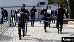 Турецкие полицейские. Архивное фото.