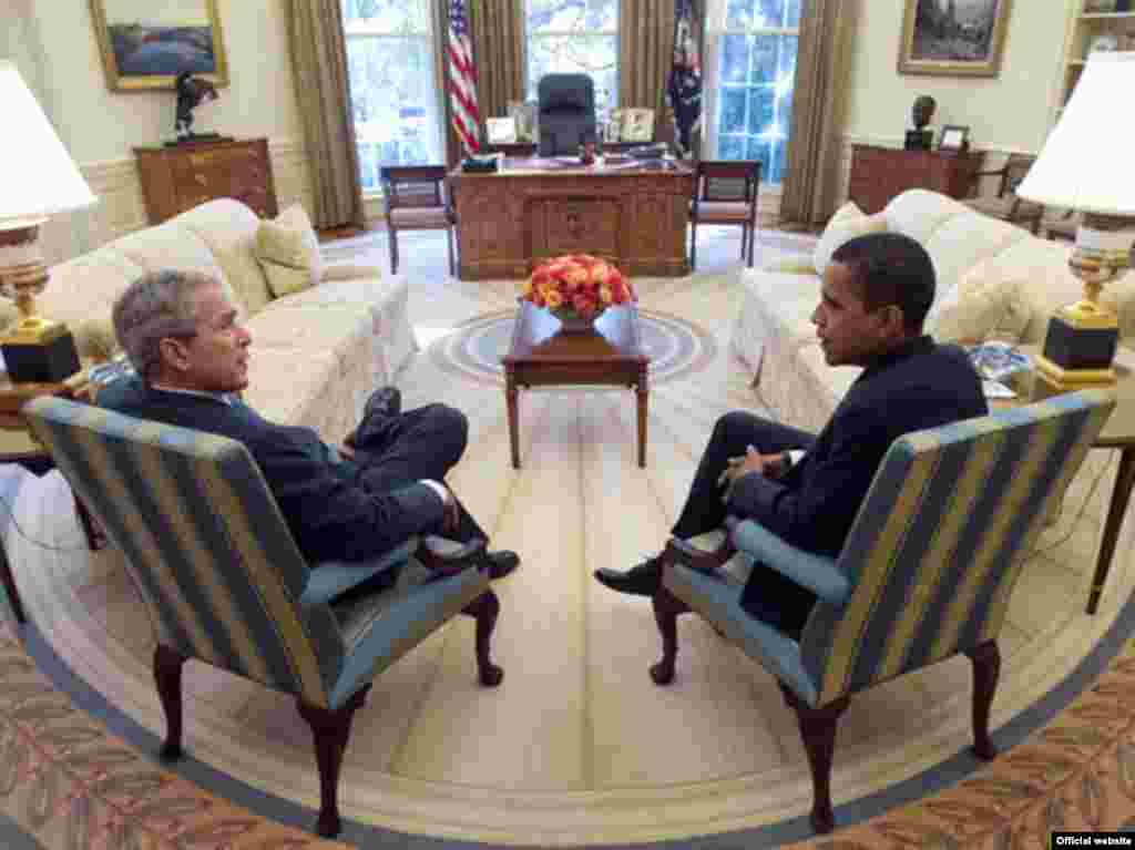 Bush and U.S. President-elect Barack Obama - U.S. President George W. Bush (left) and President-elect Barack Obama meet in the Oval Office of the White House on November 10, 2008.