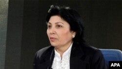 Sayalı Sadıqova