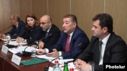 Armenia - Leaders of Armenian business associations discuss in Yerevan a controversial Tax Code approved by parliament, 17Jun2016.