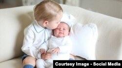 Принц Джордж і принцеса Шарлотта