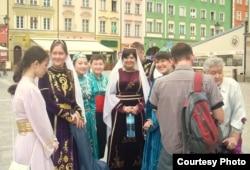 Татарский фольклорный ансамбль «Бунчук» из города Билосток.