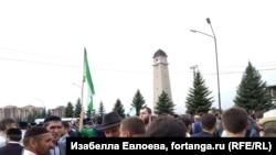 Ингушетиядағы Шешенстанмен жер алмасуға қарсылық акциясы. Магас, 4 қазан 2018 жыл.