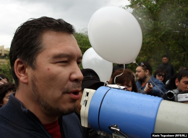 Активист Серикжан Мамбеталин.