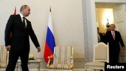 Vladimir Putin și Tayyip Erdogan la St. Petersburg
