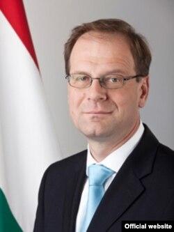 Tibor Navracsics