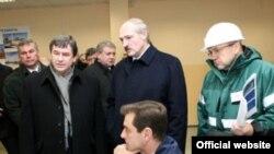 В последнее время настроение белорусского президента зависит от давления в нефтяной трубе