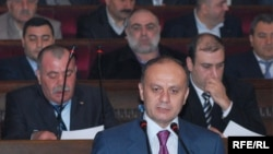 Armenia -- Defense Minister Seyran Ohanian speaks at a convention of Karabakh war veterans, Yerevan, 16Feb2010