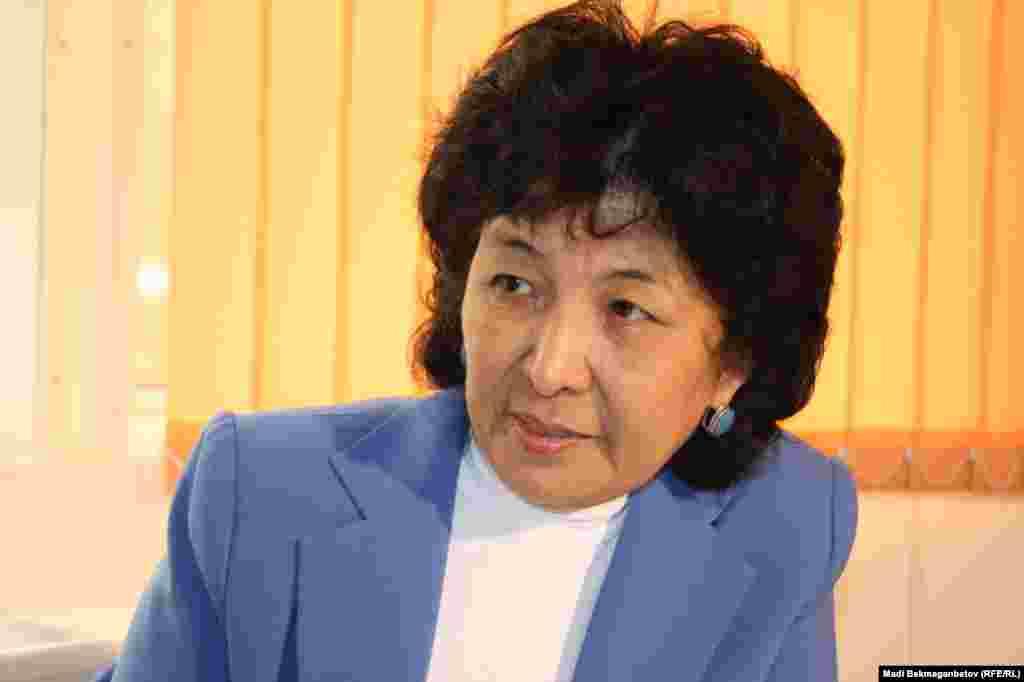 Исследователь Второй мировой войны, профессор Гульжаухар Кокебаева. Алматы, 8 мая 2013 года.