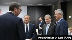 Samiti i Bullgarisë - Presidenti i Kosovës Hashim Thaçi dhe i Serbisë, Aleksandar Vuçiq, me përfaqësuesit e BE-së