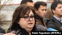 """Елена Ребенчук, """"Қорғас ісі"""" бойынша сотталған Ирлан Абдрахмановтың адвокаты."""