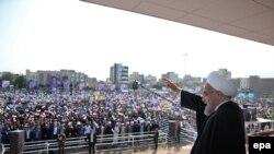 Иранскиот претседател Хасан Рохани се обраќа пред своите поддржувачи во градот Арак, 23 октомври 2016