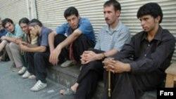 دولت احمدی نژاد مدعی شده است که در دوسال گذشته دو میلیون شغل ایجاد کرده است.