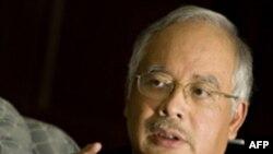 معاون نخست وزير مالزی گفته است که سلاح های به نمایش گذاشته ایرانی «تهاجمی» بوده است.(عکس: AFP)
