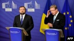 Перший віце-прем'єр Сергій Арбузов на зустрічі у Брюсселі із єврокомісаром із питань сусідства й розширення Штефаном Фюле