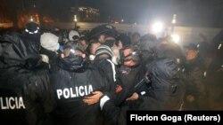 протест на обединетата албанска опозиција против актуелната Влада