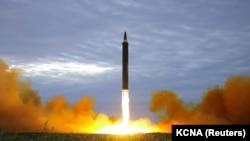 Түндүк Кореянын баллистикалык ракеталарынын бири