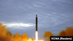 Шимолий Корея ракеталаридан бири.