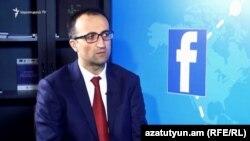 Министр здравоохранения Арсен Торосян (архив)