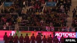 Поддержка родных трибун помогла португальцам впервые в истории чемпионатов Европы выйти в полуфинал. Но на большее команды хозяев не хватило