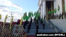 Туркменские студенты. Архивное фото.