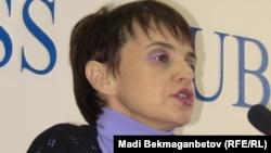 """Оксана Макушина, """"Голос Республики"""" газетінің бұрынғы бас редакторы. Алматы, 31 наурыз 2011 жыл."""