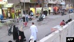 حواجز كونكريتية في شارع فلسطين ببغداد