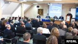 """Sa konferencije """"Kuda idu Europa i Bosna i Hercegovina - između integracije i izolacije?"""", Fotografije: Erduan Katana"""