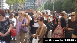 Families of the missing babies protest in Belgrade on May 17.