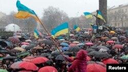 Еуропа Одағымен интеграцияны жақтаушы студенттер шеруі. Украина, 25 қазан 2013 жыл.