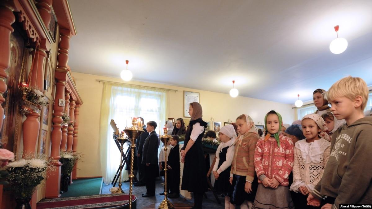 Россия: Конституционный суд разрешил проводить богослужения дома